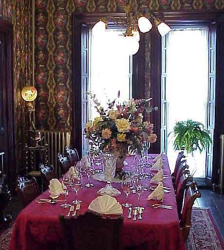 Come ricevere ospiti a cena paperblog for Come decorare lo stile vittoriano