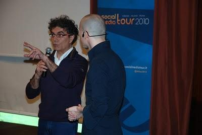 Video con Mirko Lalli e Marco Montemagno al Social Media Tour di Firenze il 31 marzo 2010