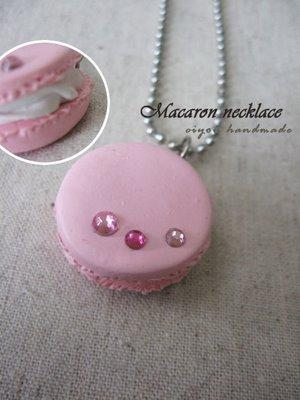 pink_macaron_necklace