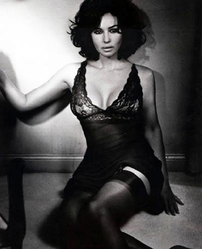 http://images.virgilio.it/sg/cinema-tv2009/upload/bel/0001/bellucci-gq-2.jpg