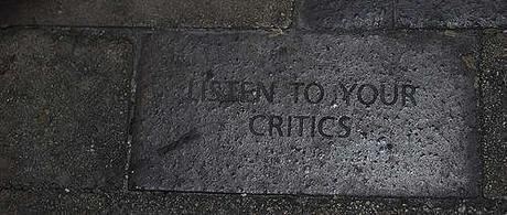 Critica costruttiva.