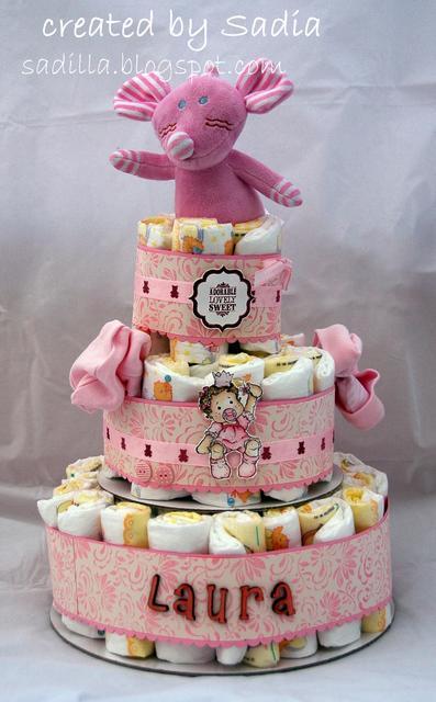 Torta Compleanno Laura.Torta Di Pannolini Per Laura Paperblog