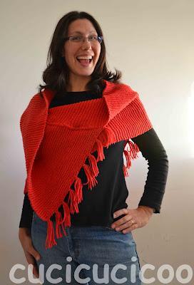 da sciarpa a poncho - from scarf to poncho