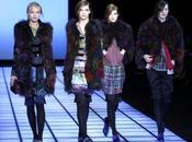 Giacca, pantaloni scarpe stringate ecco nuova collezione Armani.Giorgio dice alle donne escort.