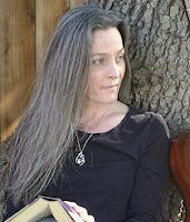 Il Bacio del Peccato, il seguito della saga paranormal romance di Lisa Desrochers dal 3 Maggio in libreria