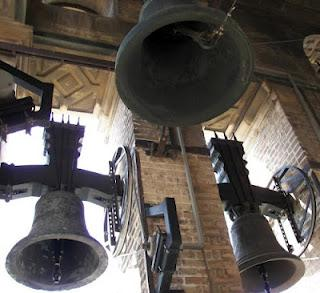 Per chi suona la campana, ovvero, il segreto di san Lazzaro degli Armeni