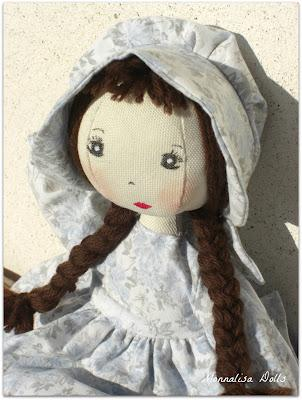 Bambole di stoffa con vestiti paperblog for Cartamodello papillon