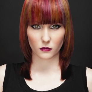 Eleganti tagli capelli 2012 con giochi di colore color ...