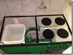 Giochi fai da te come costruire una cucina per bambini - Pomelli cucina acciaio ...