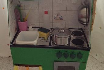 Giochi fai da te: come costruire una cucina per bambini con le ...