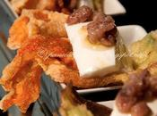 Fiori zucca ripieni fingerfood (Fingerfood filled courgette flowers)