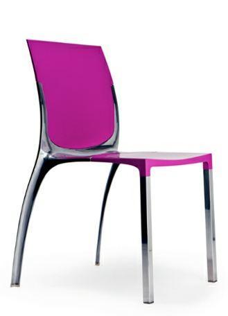 Sedia design Liana premiata da YOUNG E DESIGN 2012