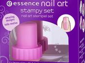 ESSENCE: Nail stampy