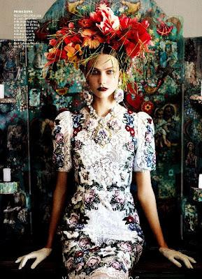 Karlie Kloss in Dolce & Gabbana su Vogue Magazine