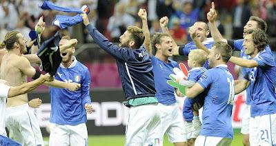 EURO 2012 Semifinali | Germania - Italia 1-2 | Highlights - video gol