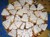 Biscotti decorati nuziali confettata, bomboniera centro tavola