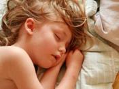 Rimedi naturali contro zanzare proteggere sonno bimbi