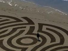 Sand Art: disegni sulla spiaggia Andres Amador