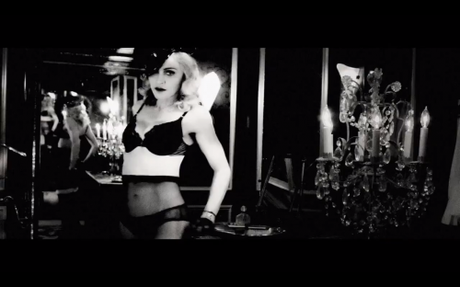 madonna_justify_my_love_MDNA_tour_video_2.png