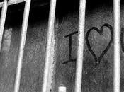 Amore dietro sbarre