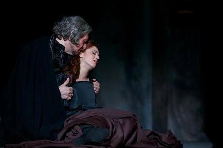 una immagine di Rigoletto Marzio Giossi e Gilda Sonia Ciani 1 620x413 su Giuseppe Verdi e Rigoletto: Tornando a Casa