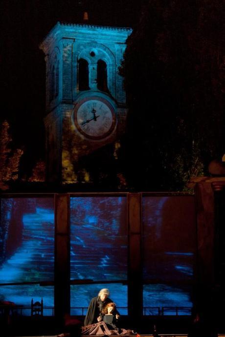 una immagine di Rigoletto Marzio Giossi e Gilda Sonia Ciani 2 620x930 su Giuseppe Verdi e Rigoletto: Tornando a Casa