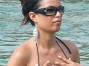 Sara Tommasi scopa ramazza Riccione vacanza Sardegna? spiaggia nuda?