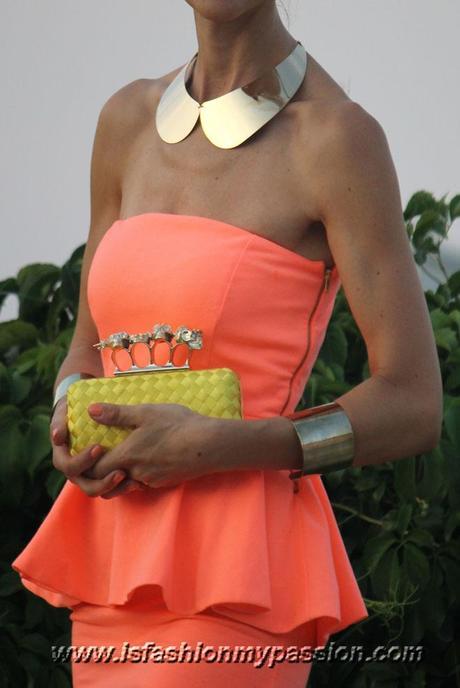 Fluo Peplum dress and clutch