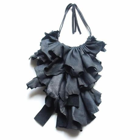 JABOT: A FALL IN STYLE...