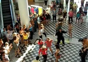Dance Flash Mob Elvis Presley