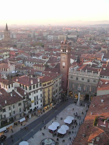 Padova veneto paperblog for Mercato antiquariato padova