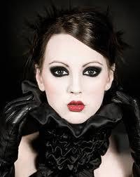 AI 2013 nero Gotico make up