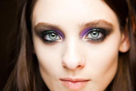 Fall 2012 Make Up Trends: Alternative Smoky Eyes