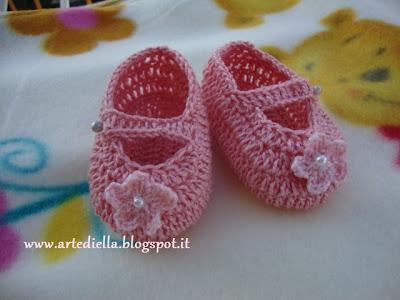 Scarpette all uncinetto per bimba con video tutorial - Paperblog 5fa38af45250
