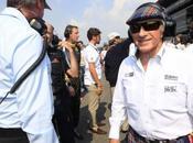 Jackie Stewart offre aiutare Grosjean