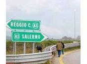 """simbolo fallimento dello Stato italiano"""""""