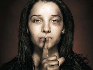 100 quote rosse, il #femminicidio in Italia