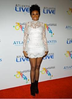 Jennifer Hudson in white laces dress Dolce & Gabbana