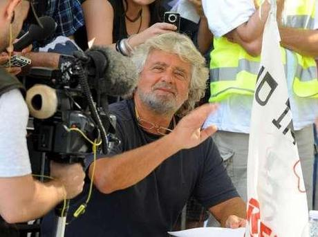 Grillo dice no ai talk (e a Di Pietro)