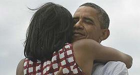 Il primo tweet di Obama è per Michelle