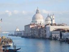 Natale Italia vola Alitalia: scegli Venezia