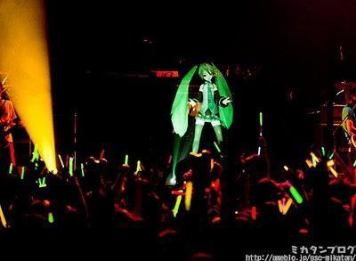 Hatsune Miku cantante ologramma