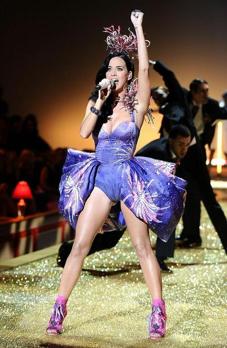 katy-perry-vs-show-01