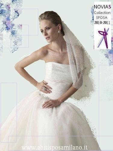 2cafccc0c87b ... per le spose che una vita sognano l abito bianco.  fashion-week-milano-novias-sfilate-glamour-pe-L-