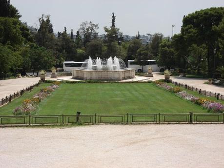 Una pausa rilassante ad atene i giardini nazionali e lo for Ristoranti ad atene