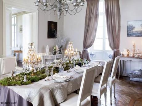 In Francia Due Bellissime Case Decorate Per Il Natale