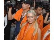 Paris Hilton posa Mumbai bambini orfani: foto