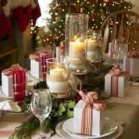 Come apparecchiare e decorare la tavola di natale idee for Foto tavole natalizie