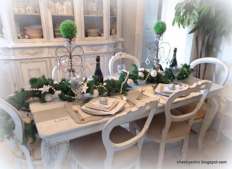 Come decorare con poco una bella tavola natalizia paperblog - Una bella tavola apparecchiata ...