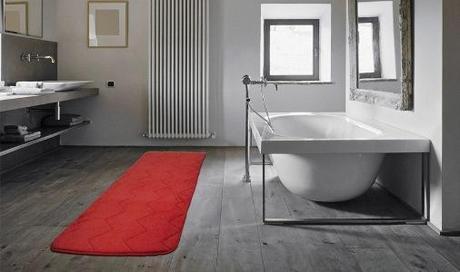 I tappeti per arredare il bagno ideale paperblog - Tappeti moderni per bagno ...